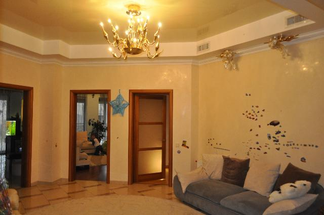 Продается дом на ул. Южносанаторный Пер. — 850 000 у.е.