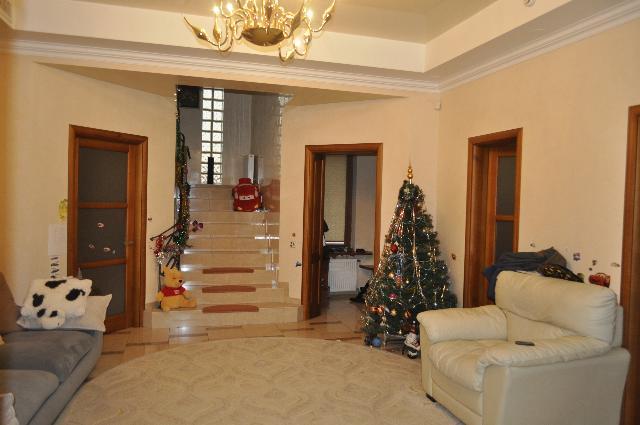Продается дом на ул. Южносанаторный Пер. — 850 000 у.е. (фото №2)