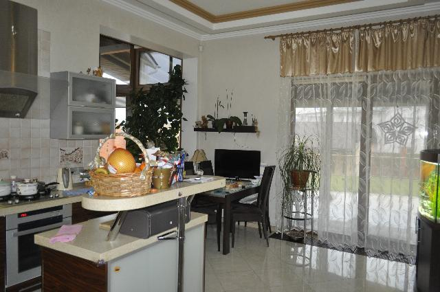 Продается дом на ул. Южносанаторный Пер. — 850 000 у.е. (фото №4)