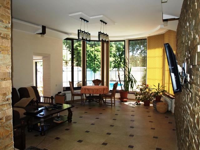 Продается дом на ул. Авдеева-Черноморского — 360 000 у.е.