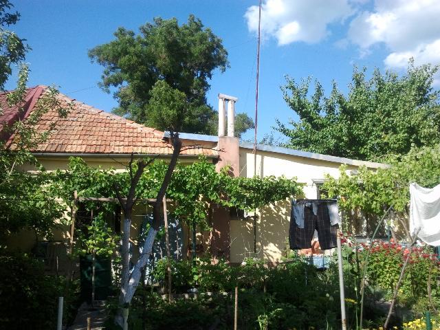 Продается дом на ул. Авдеева-Черноморского — 87 500 у.е.
