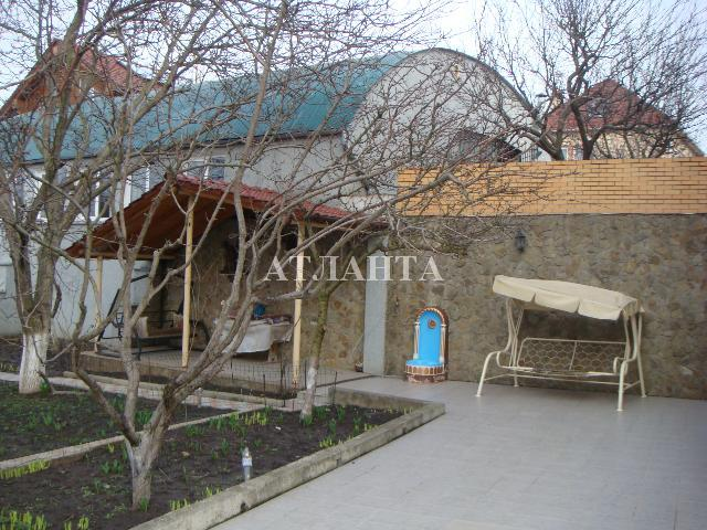 Продается дача на ул. Солнечная — 200 000 у.е.