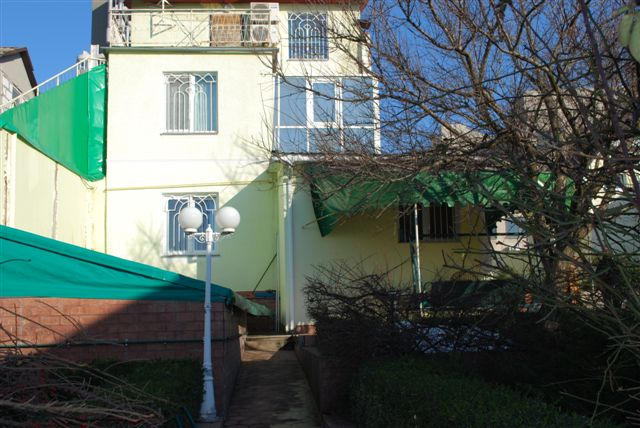 Продается дом на ул. Абрикосовая — 230 000 у.е.