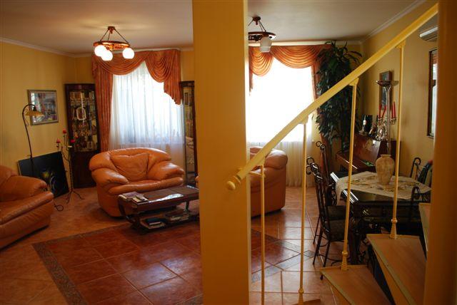 Продается дом на ул. Абрикосовая — 230 000 у.е. (фото №6)