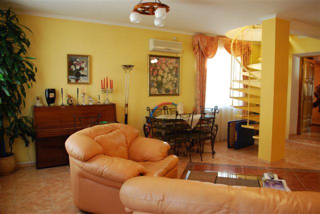Продается дом на ул. Абрикосовая — 230 000 у.е. (фото №8)