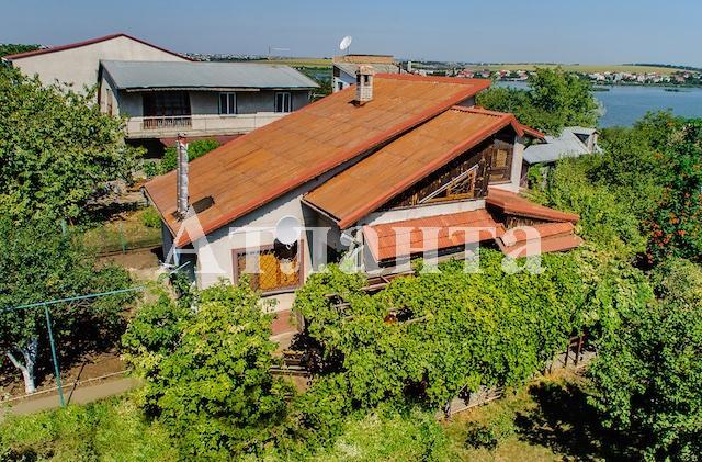 Продается дом на ул. 7-Я Линия — 120 000 у.е.