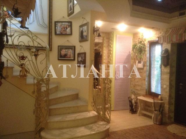 Продается дом на ул. Майский Пер. — 250 000 у.е.