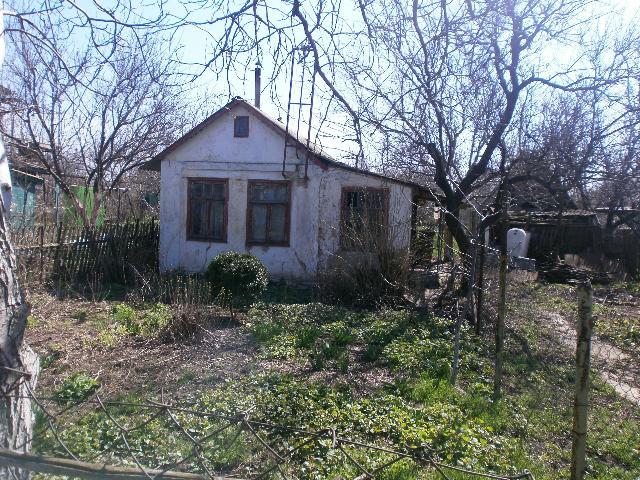 Продается дом на ул. 17-Я Улица — 10 000 у.е.