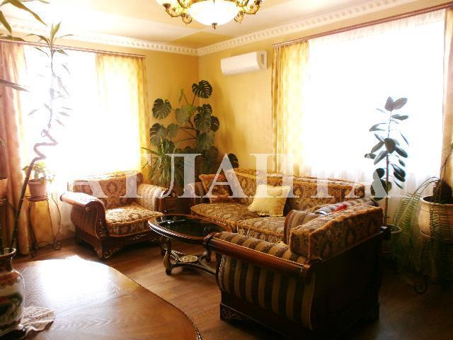 Продается дом на ул. Садовая — 100 000 у.е.