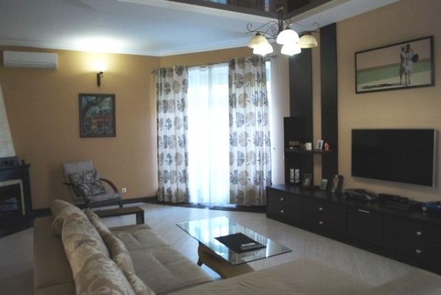 Продается дом на ул. Красноармейская — 163 500 у.е.