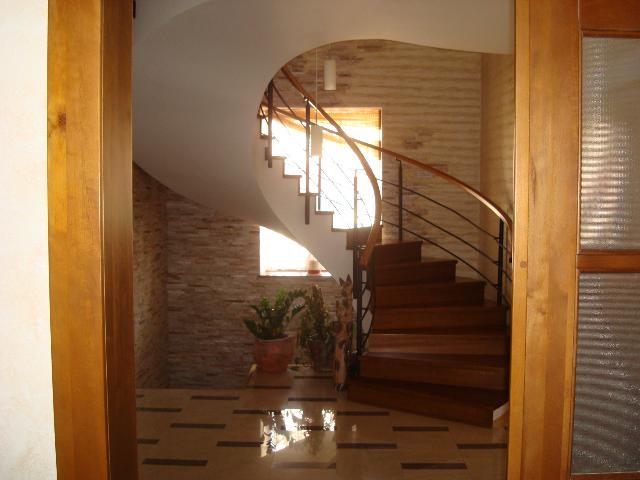 Продается дом на ул. Солнечный Пер. — 450 000 у.е.