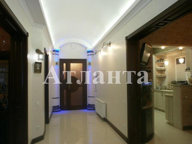 Продается дом на ул. Комарова — 185 000 у.е.