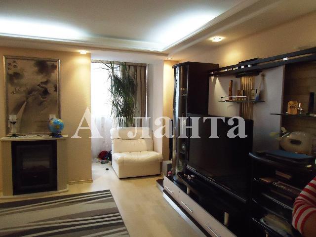 Продается 4-комнатная квартира на ул. Филатова Ак. — 195 000 у.е.