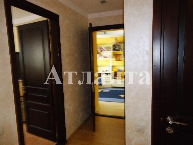 Продается 4-комнатная квартира на ул. Филатова Ак. — 195 000 у.е. (фото №19)