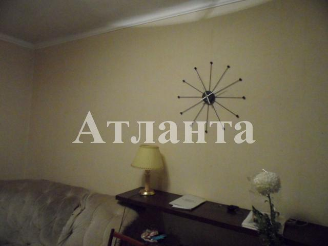 Продается 3-комнатная квартира на ул. Среднефонтанская — 80 000 у.е.