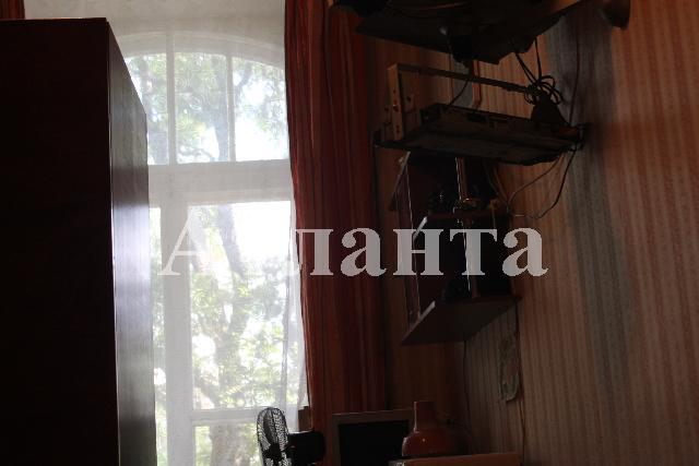 Продается 3-комнатная квартира на ул. Коблевская — 60 000 у.е.