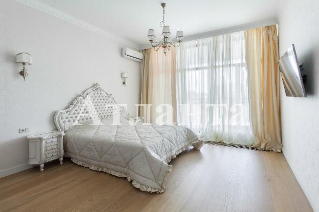 Продается 2-комнатная квартира на ул. Гагаринское Плато — 250 000 у.е.