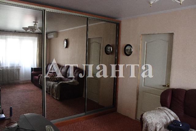Продается 2-комнатная квартира на ул. Фонтанская Дор. — 45 500 у.е.