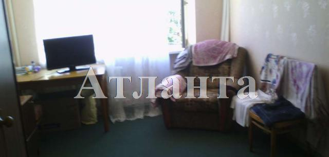 Продается 2-комнатная квартира на ул. Маловского — 32 000 у.е.