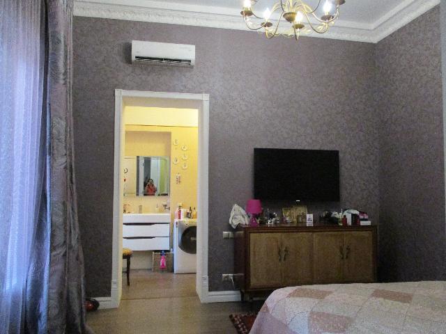 Продается 4-комнатная квартира на ул. Коблевская — 140 000 у.е. (фото №2)