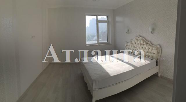 Продается 2-комнатная квартира в новострое на ул. Малиновского Марш. — 82 000 у.е.
