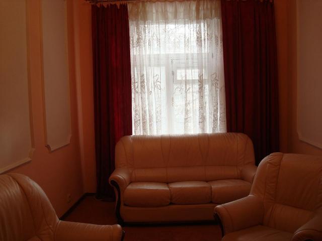 Продается 3-комнатная квартира на ул. Успенская — 100 000 у.е.