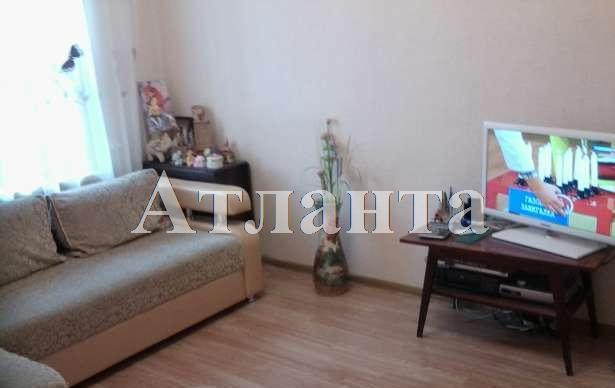 Продается 2-комнатная квартира на ул. Колонтаевская — 33 000 у.е.