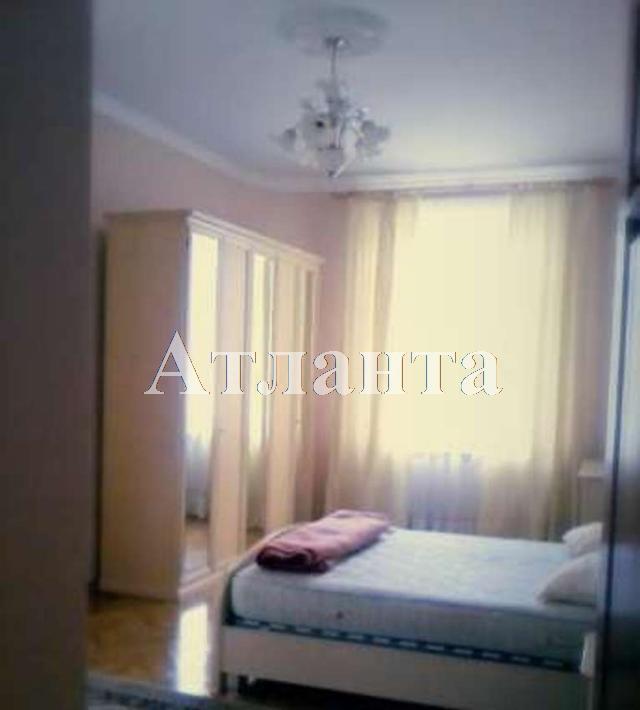 Продается 4-комнатная квартира на ул. Пироговская — 270 000 у.е.