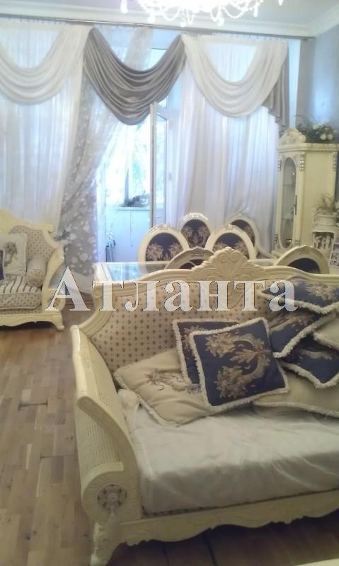 Продается 3-комнатная квартира на ул. Пироговская — 160 000 у.е.