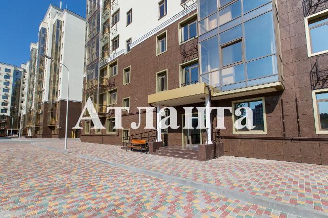 Продается 1-комнатная квартира в новострое на ул. Малиновского Марш. — 65 970 у.е.