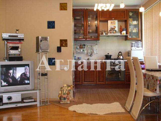 Продается 3-комнатная квартира на ул. Тенистая — 110 000 у.е.