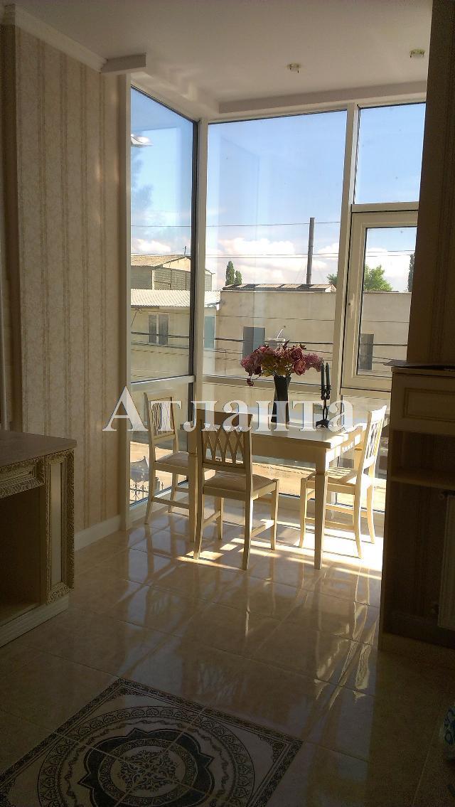Продается 2-комнатная квартира на ул. Малиновского Марш. — 83 000 у.е.