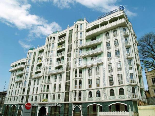 Продается 2-комнатная квартира в новострое на ул. Военный Сп. — 110 000 у.е.