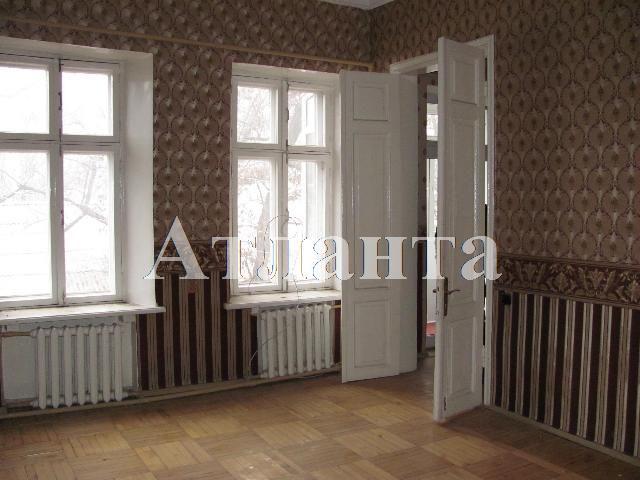 Продается 3-комнатная квартира на ул. Вознесенский Пер. — 45 000 у.е.