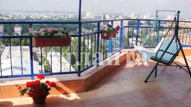 Продается 5-комнатная квартира в новострое на ул. Среднефонтанская — 185 000 у.е.
