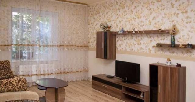 Продается 2-комнатная квартира на ул. Садовая — 90 000 у.е.