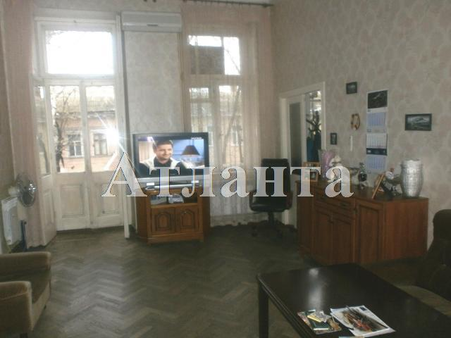 Продается 4-комнатная квартира на ул. Толстого Льва — 90 000 у.е.