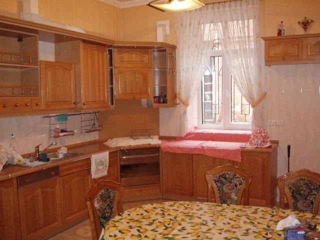 Продается 4-комнатная квартира на ул. Базарная — 195 000 у.е. (фото №10)