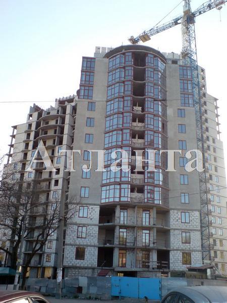 Продается 3-комнатная квартира в новострое на ул. Фонтанская Дор. — 98 000 у.е.
