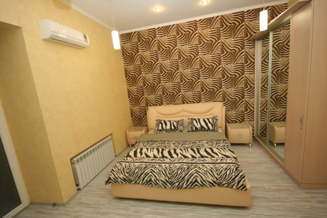 Продается 2-комнатная квартира на ул. Екатерининская — 120 000 у.е.