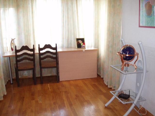 Продается 7-комнатная квартира на ул. Преображенская — 450 000 у.е.