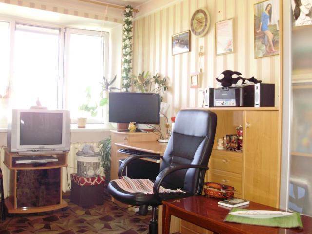 Продается 3-комнатная квартира на ул. Базарная — 78 000 у.е.