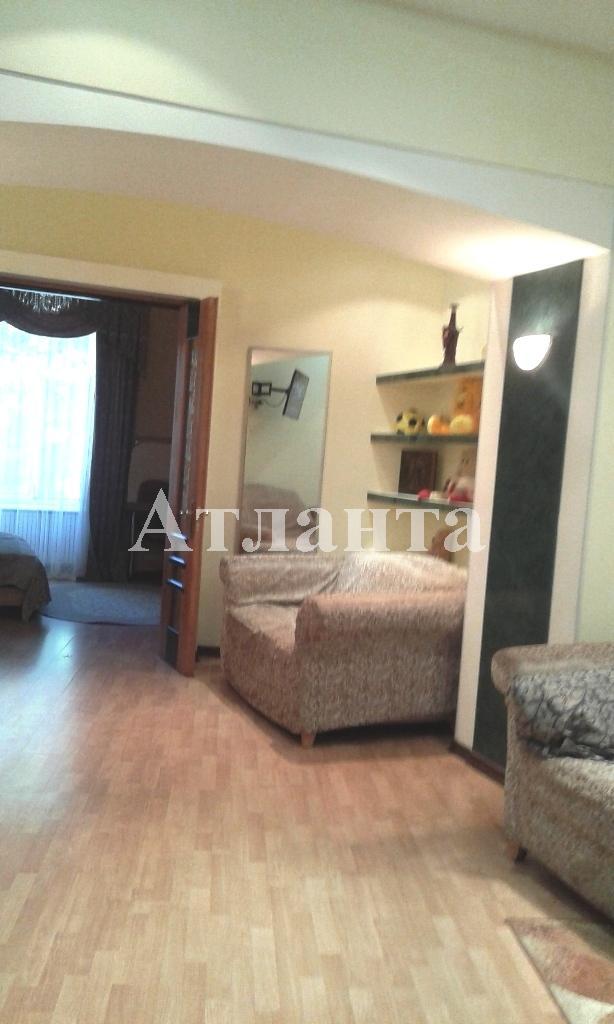 Продается 2-комнатная квартира на ул. Дерибасовская — 120 000 у.е.