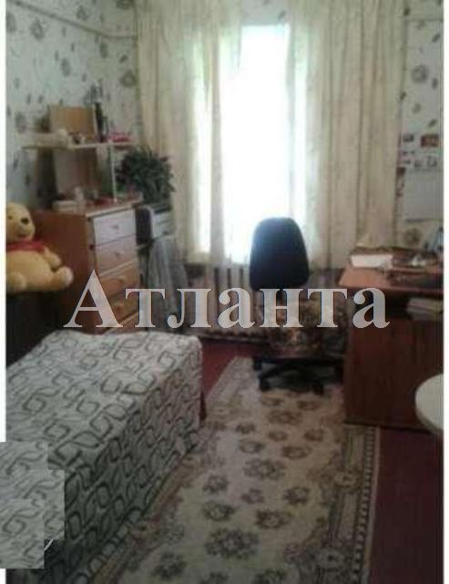 Продается 2-комнатная квартира на ул. Генерала Цветаева — 33 000 у.е.