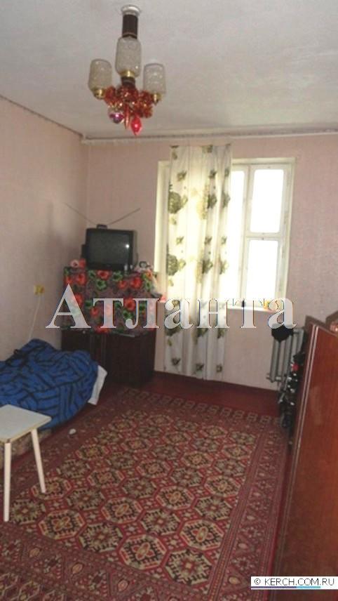 Продается 2-комнатная квартира на ул. Новикова — 18 000 у.е.