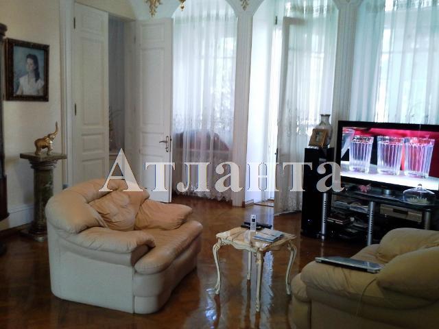 Продается 5-комнатная квартира на ул. Пироговская — 200 000 у.е.