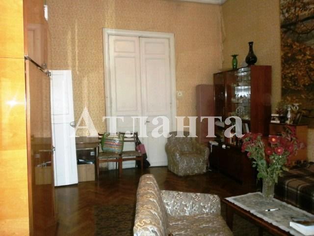 Продается 2-комнатная квартира на ул. Нежинская — 28 000 у.е.