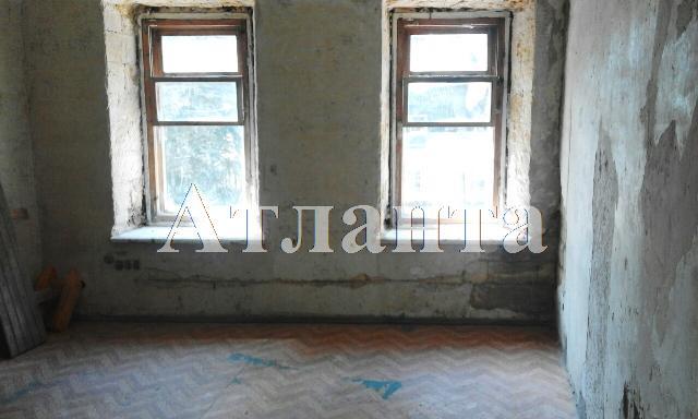 Продается 4-комнатная квартира на ул. Южная — 80 000 у.е.