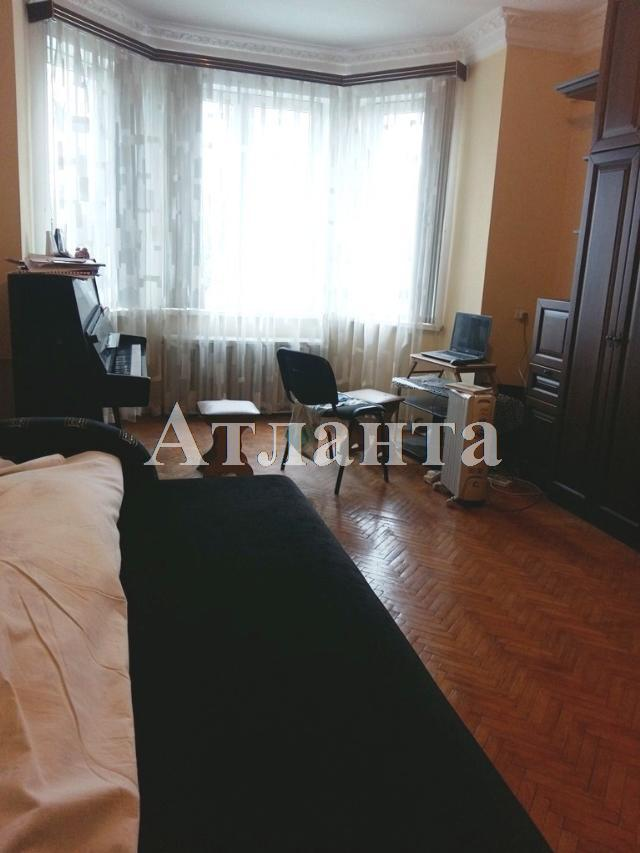 Продается 2-комнатная квартира на ул. Спиридоновская — 58 000 у.е.