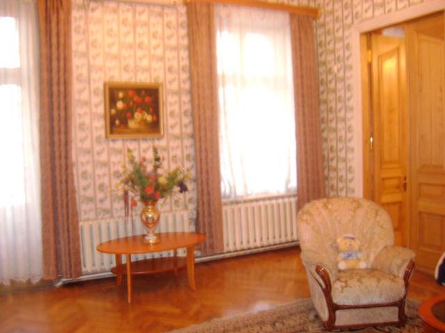 Продается 4-комнатная квартира на ул. Пушкинская — 160 000 у.е.